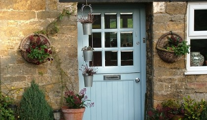 somersetcottagedoorway