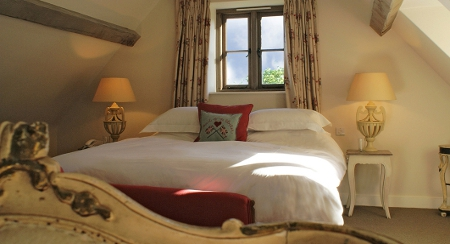 Luxury Cotswolds walking holiday