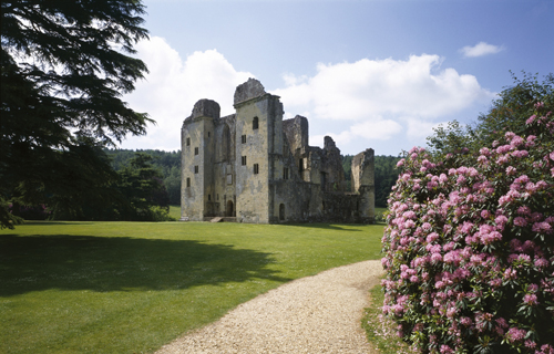 English-Heritage's Old Wardour Castle